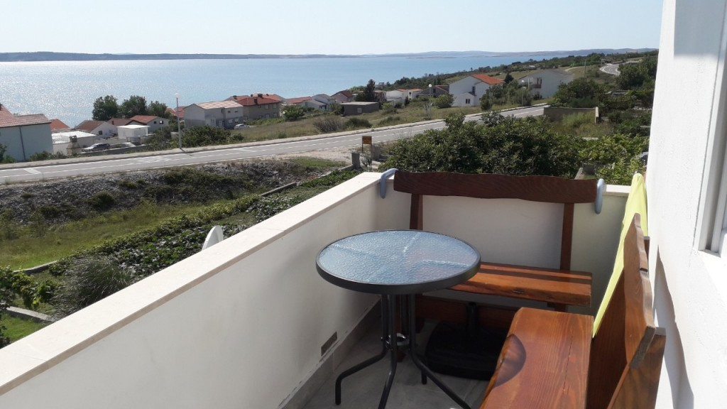 Rtina Miocici pet friendly apartment for 4 people with beautiful sea view, Zadar 25 km, Croatia