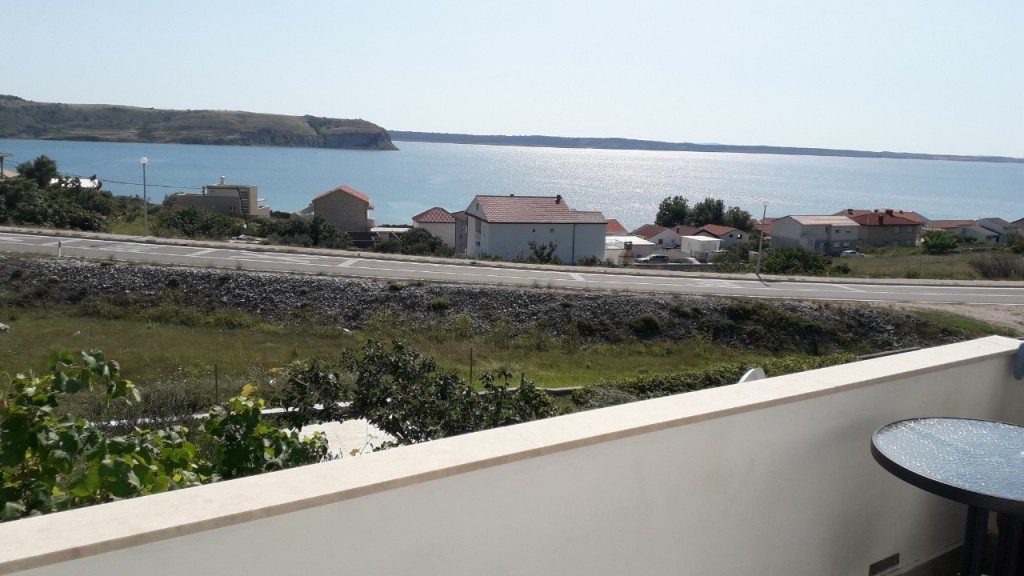 Pet friendly apartment in Rtina Miocici for 3 people, 2+1, holidays in Dalmatia