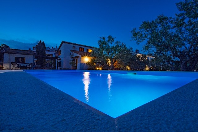 Holiday home with swimming pool in Kornic, Krk island, Kvarner bay, Croatia, 8 people